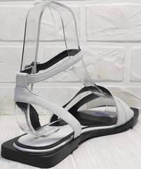 Женские кожаные сандали босоножки на квадратном каблуке Brocoli H1886-9165-S873 White.