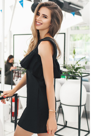 Короткое платье с воланом, черное 3
