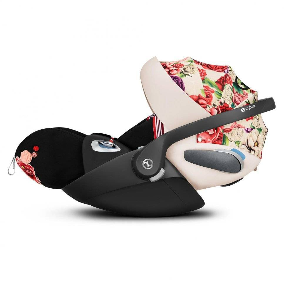 Автокресло 0+ Cybex Cloud Z i-Size FE Spring Blossom light