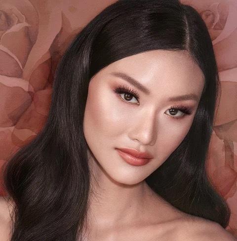 Charlotte Tilbury Stoned Rose Beauty палетка для лица
