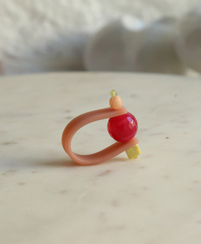 Кольцо на розовом ремешке НЕЖНО-ПРЯНАЯ КЛЮКВА