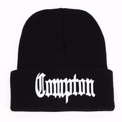 Вязаная шапка с отворотом и вышивкой Compton (Комптон ) черная