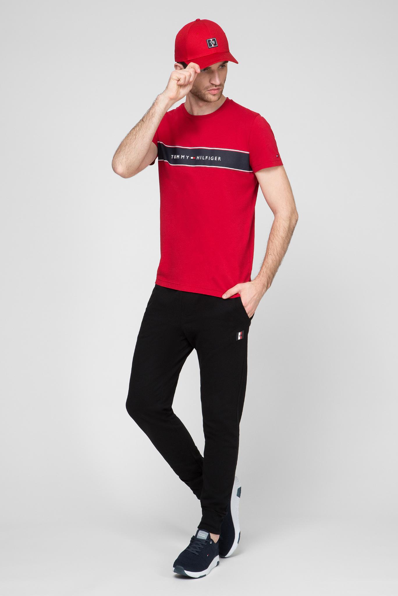 Мужская красная футболка LOGO CHEST STRIPE Tommy Hilfiger