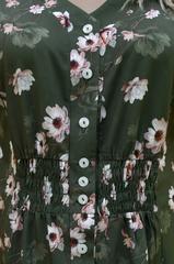 Ілона. Гарна сукня великих розмірів. Квіти олива.