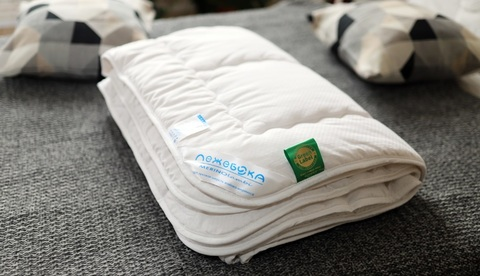 MerinoLambi - одеяла из овечьего пуха со смотровым окном