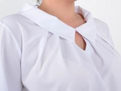 Біата. Ошатна жіноча блузка великих розмірів. Білий.