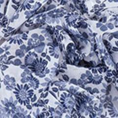 156 (белый фон,цветы сине-голубые)