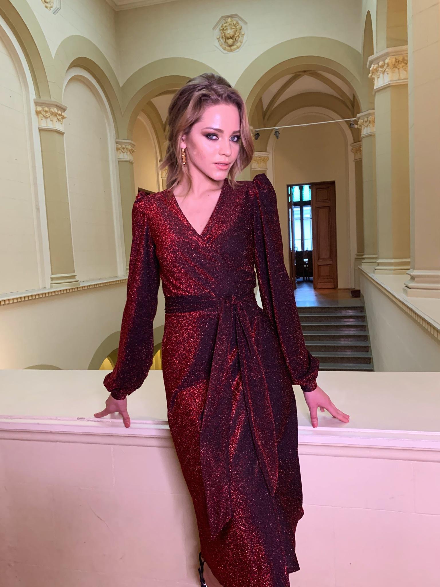Платье на запах с люрексом (бордо)