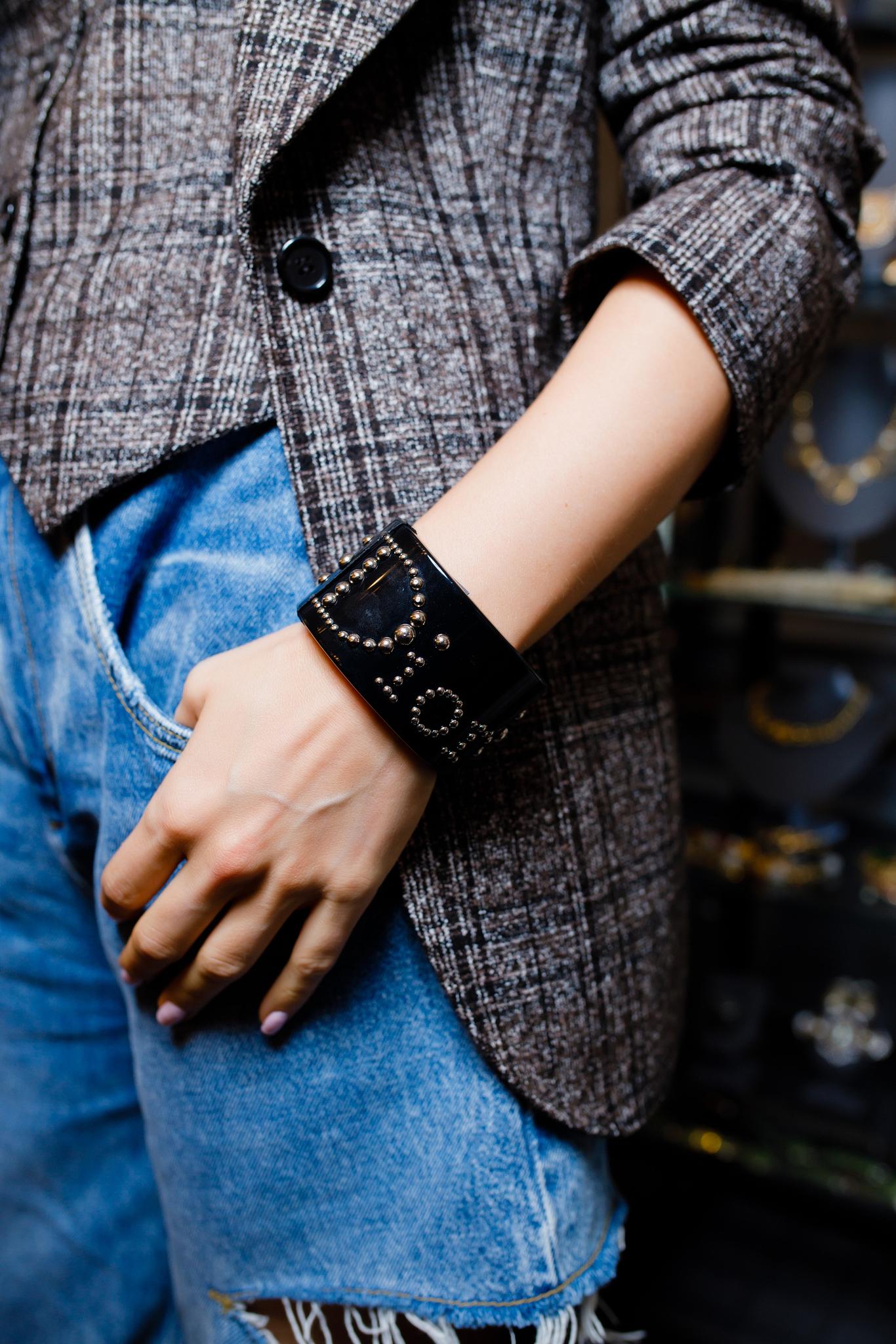 Стильный браслет Dior