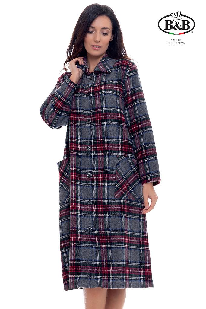 Теплый халат на пуговицах B&B