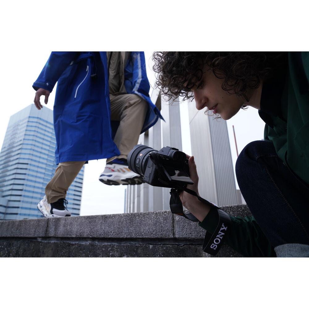 Полнокадровый широкоугольный объектив Sony SEL14F18GM для фотокамер Alpha