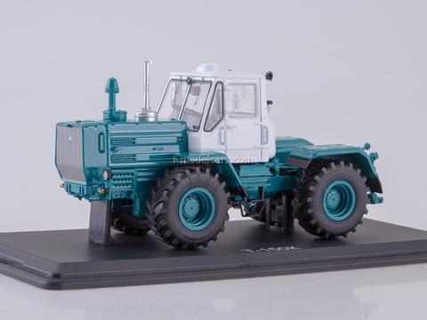 Tractor T-150K white-green 1:43 Start Scale Models (SSM)