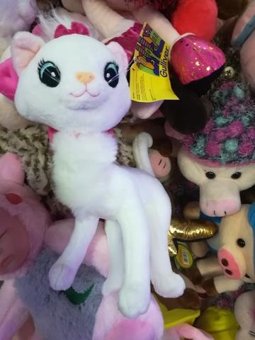 Кошка белая  25 см