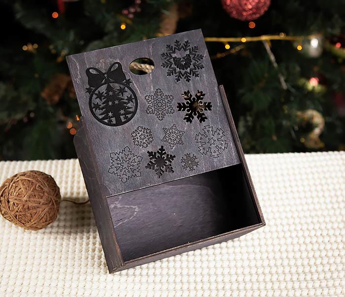 BOX202-1 Подарочная коробка с веревочными ручками (17*17*10 см) фото 04