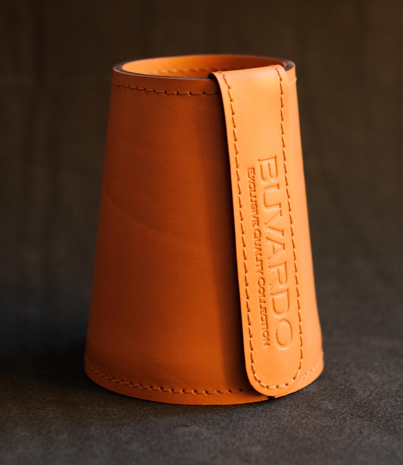 Стакан для ручек/карандашей Конус серии Бизнес цвет оранжевый.