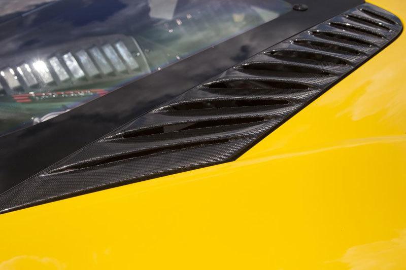 Карбоновые накладки боковой вентиляции двигателя верхние для Ferrari 458 Speciale