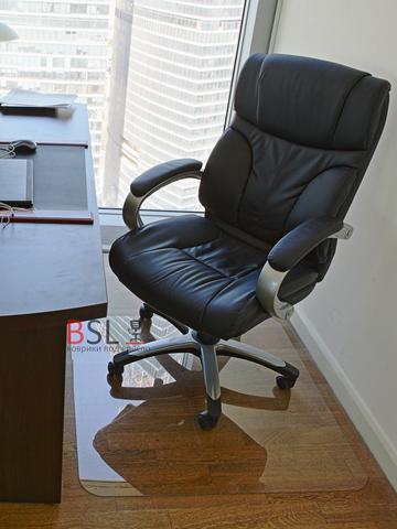 Защитный коврик под кресло 900x900 мм