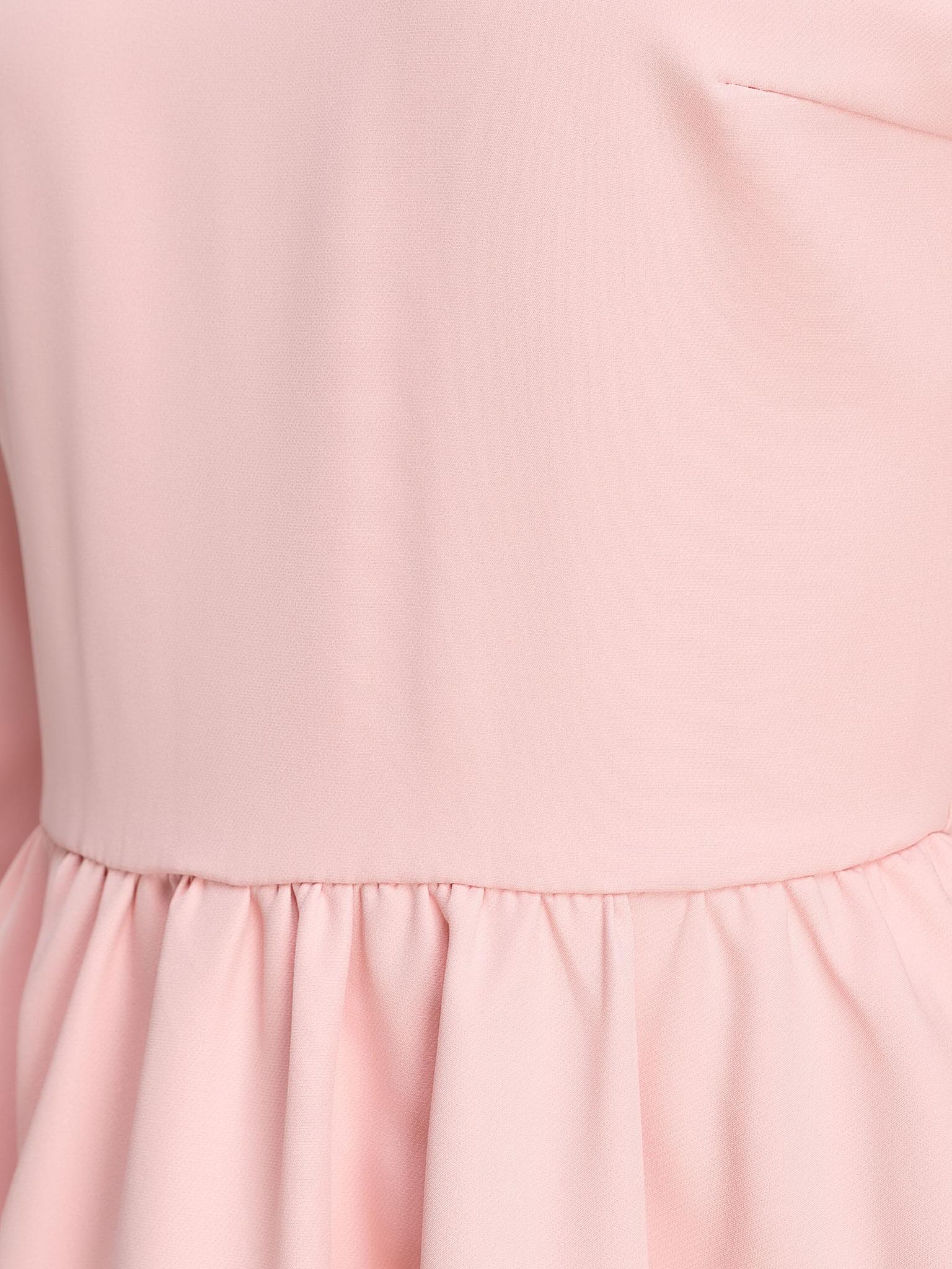 Короткое мини платье пудровое