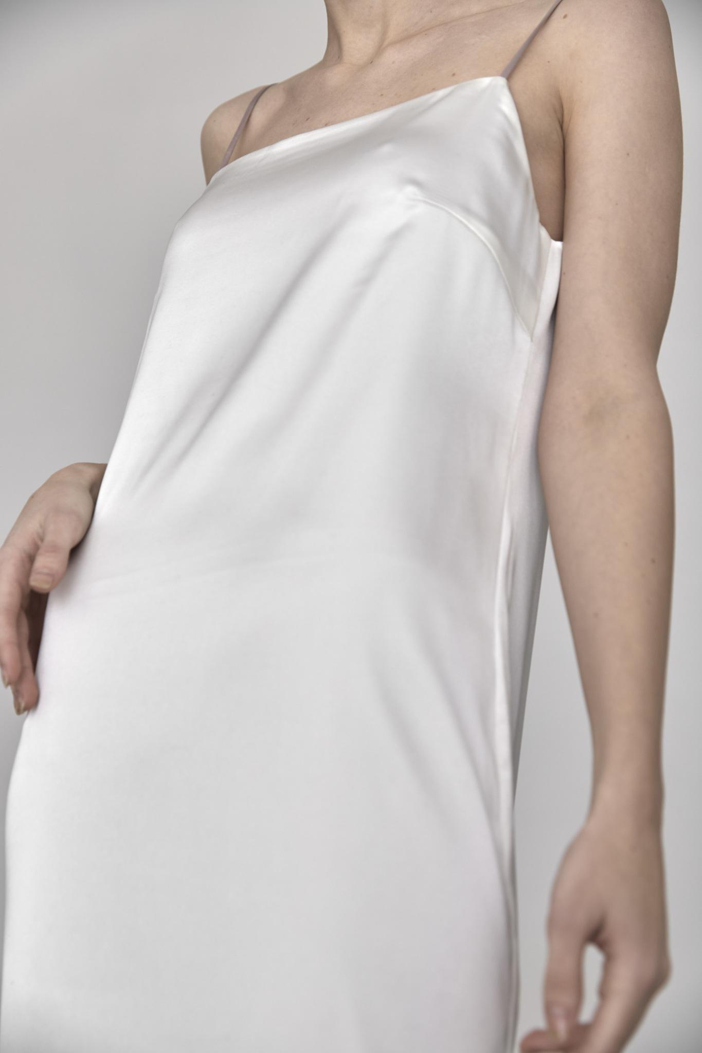 Двустороннее платье-комбинация, молоко/пудра