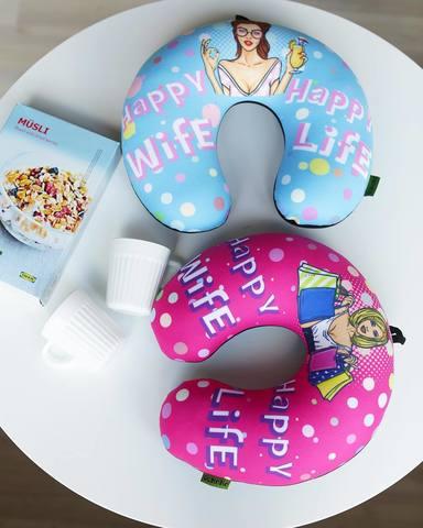 Подушка-подголовник Gekoko «Happy Wife», голубая 4