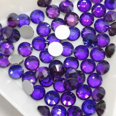 Купить оптом ярко-фиолетовые стразы Heliotrope в интернет-магазине