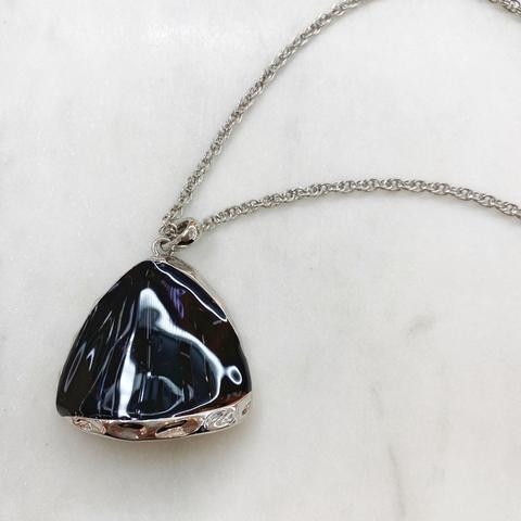 Кулон Треугольник (черный, серебристый)