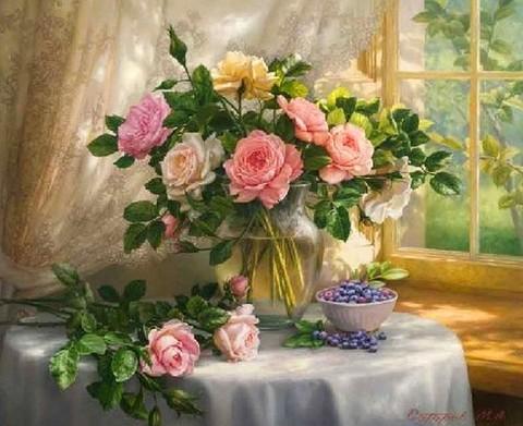 Картина раскраска по номерам 30x40 Букет в прозрачной вазе и миска ягод