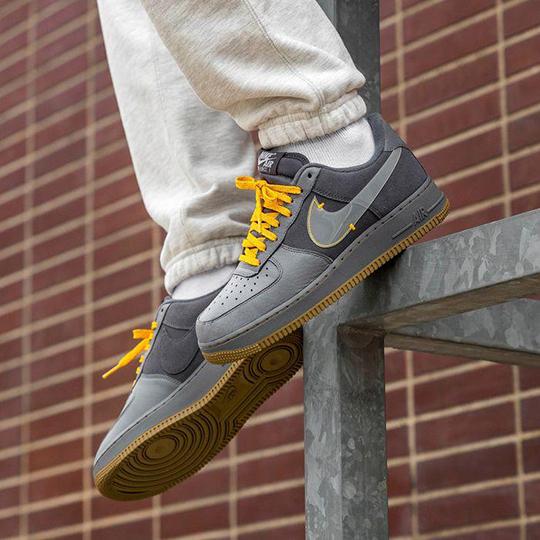 Nike Air Force 1 PRM Grey/Orange