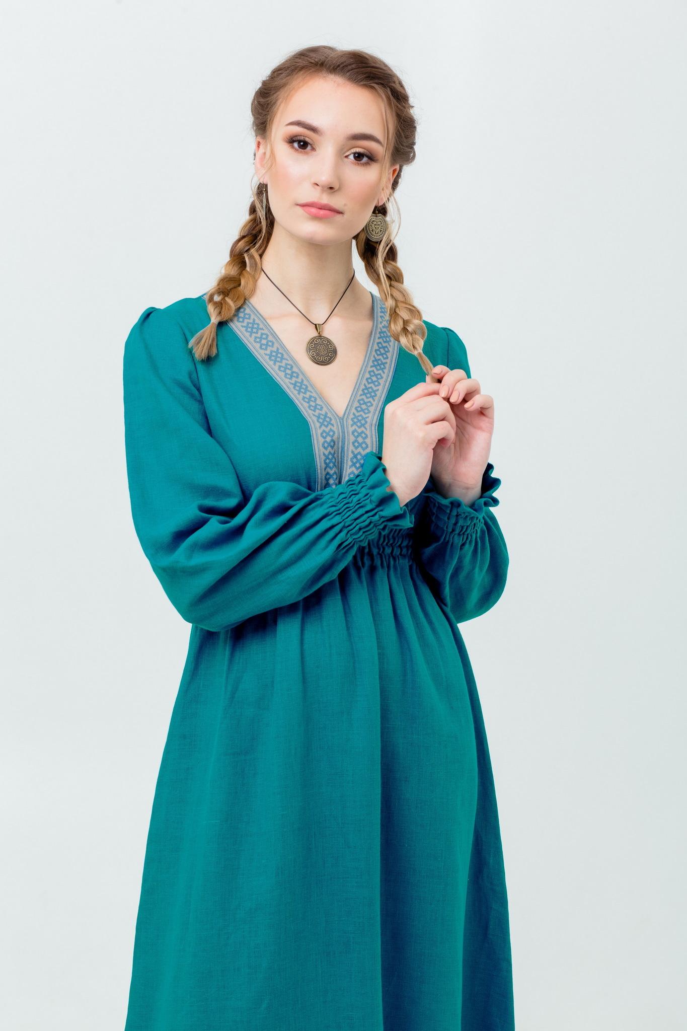 Праздничное платье в русском стиле  Лунный свет