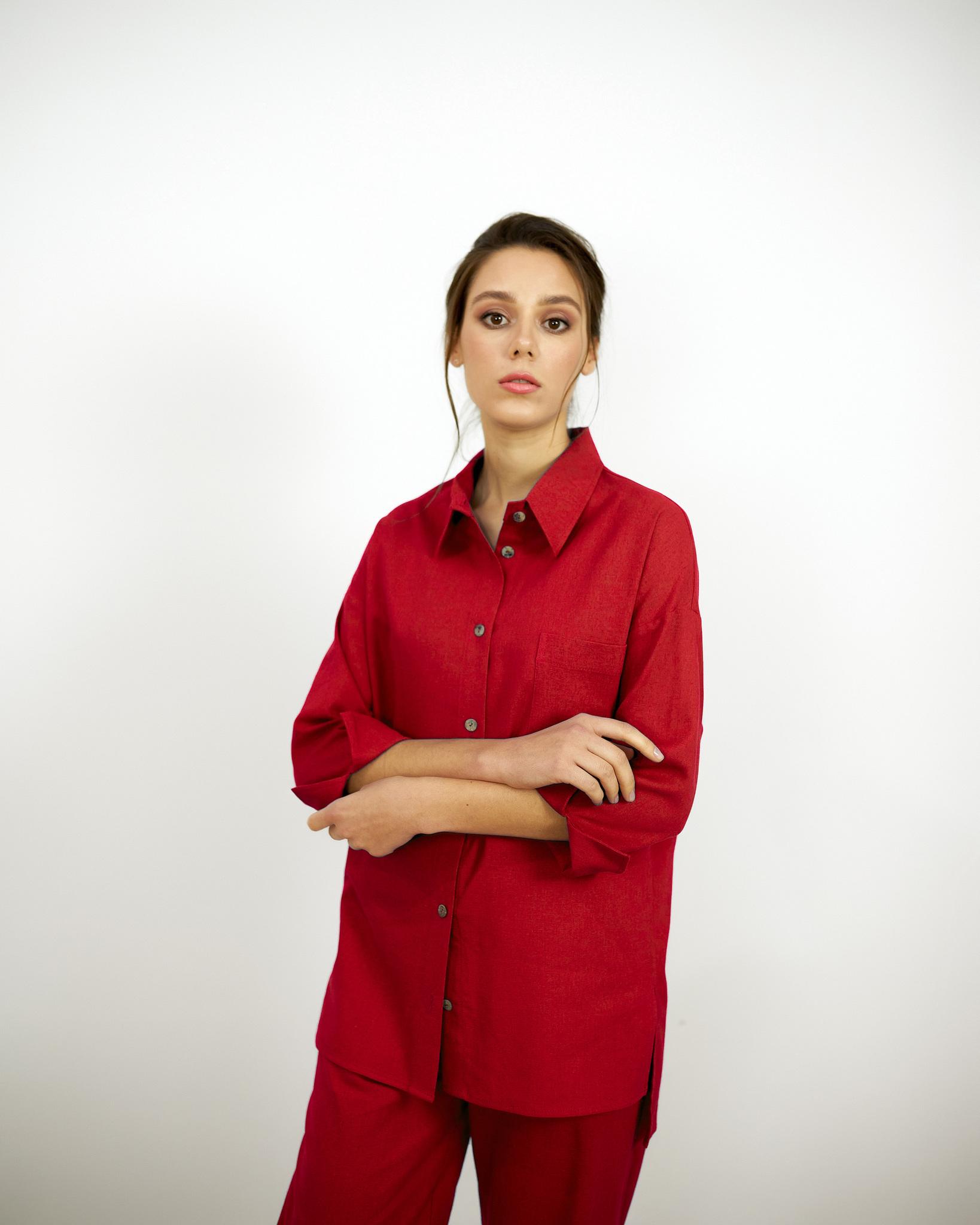 Льняная рубашка Красная