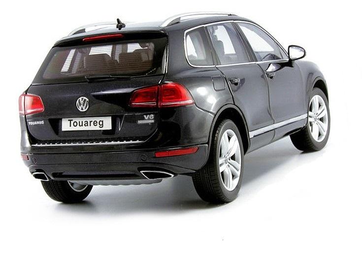 Коллекционная модель Volkswagen Touareg 2010