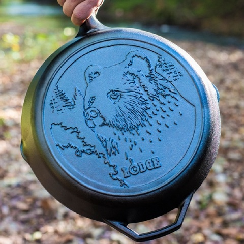 Сковорода чугунная  с лого Медведь, артикул L10SKWLBR
