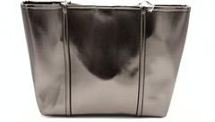 Серебрянная объемная сумка с отделкой пайетками