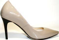Бежевые туфли лодочки на каблуке 10 см. Классические туфли лаковые лодочки на шпильке El Passo Beige Lacquer.