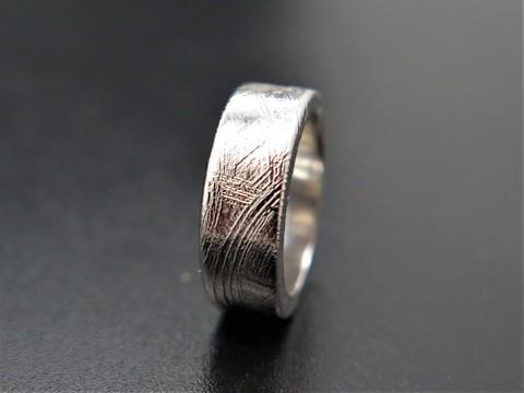 Кольцо из метеорита Муонионалуста. Размер 13