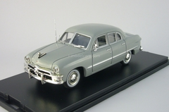 Ford Custom 4-Door Sedan hell-grau American Heritage Models 1:43