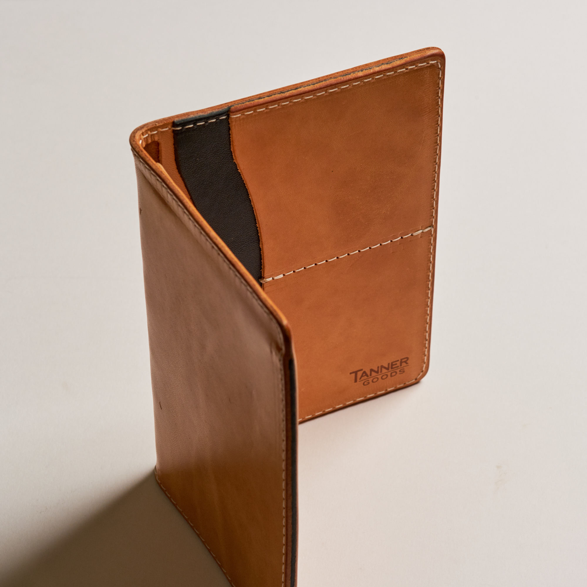 Tanner Goods Обложка на паспорт Travel Wallet Natural REmix