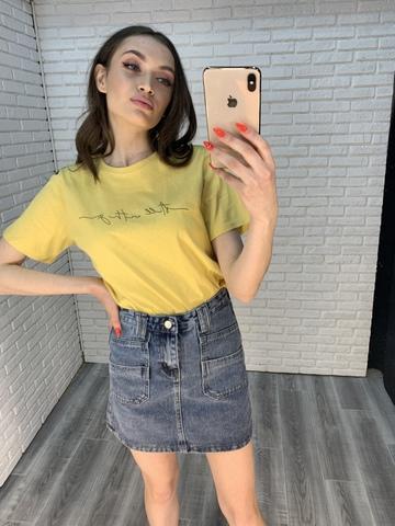 желтая футболка с надписью оптом