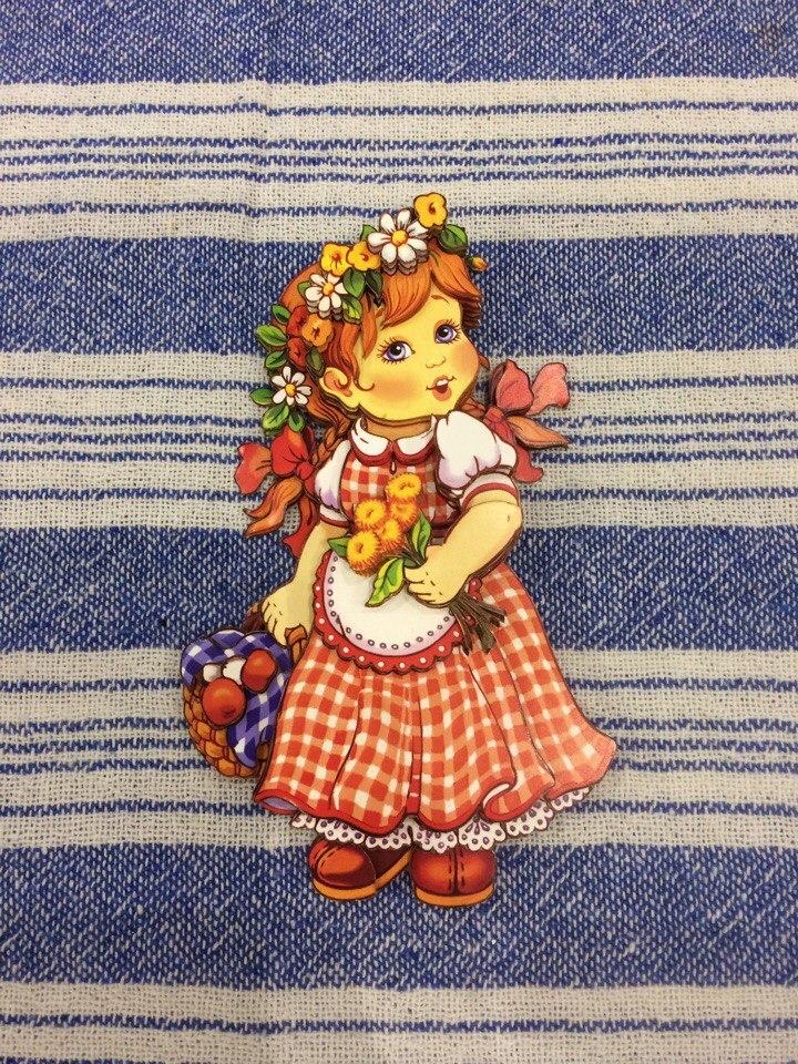 Папертоль Девочка с корзинкой — пример собранной работы.