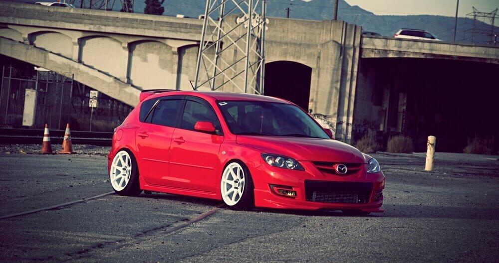Mazda 3 BK stance