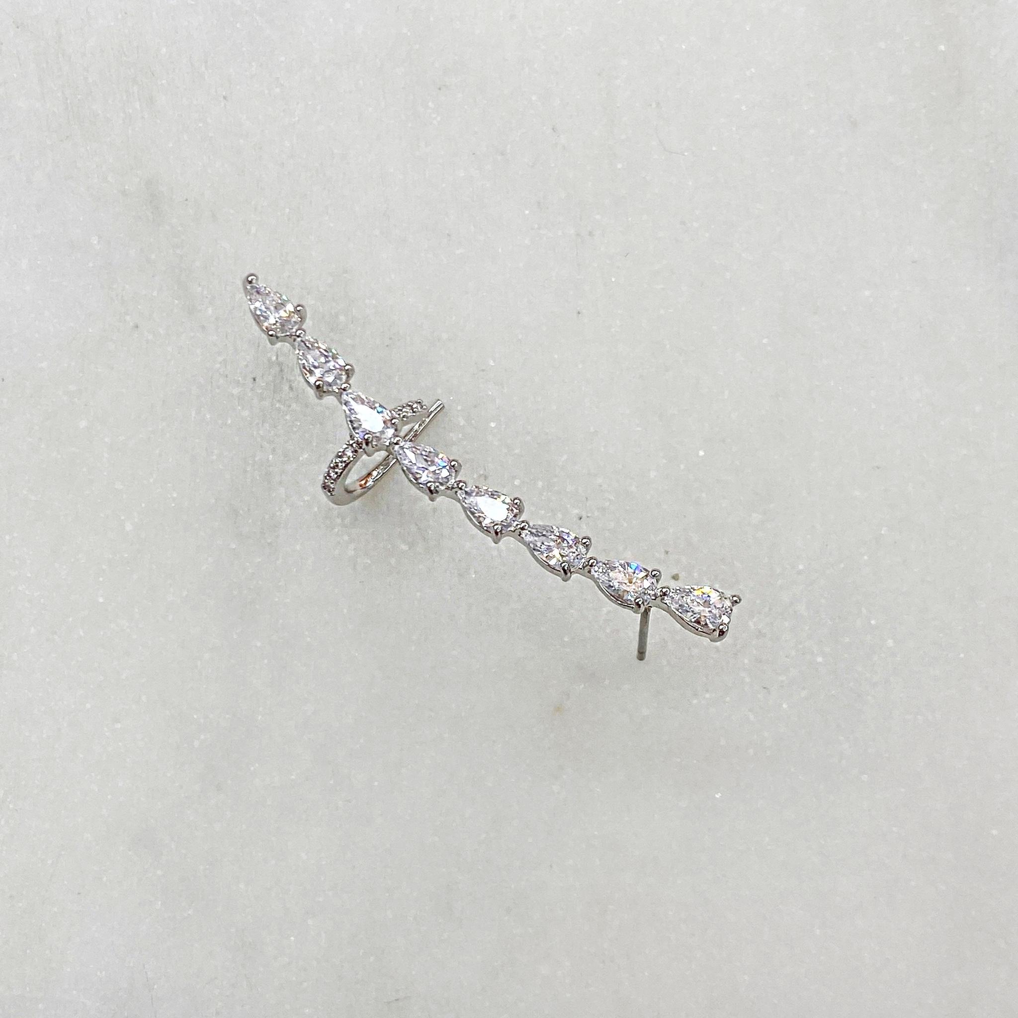 Кафф-гвоздик дорожка с каплевидными цирконами (серебристый)