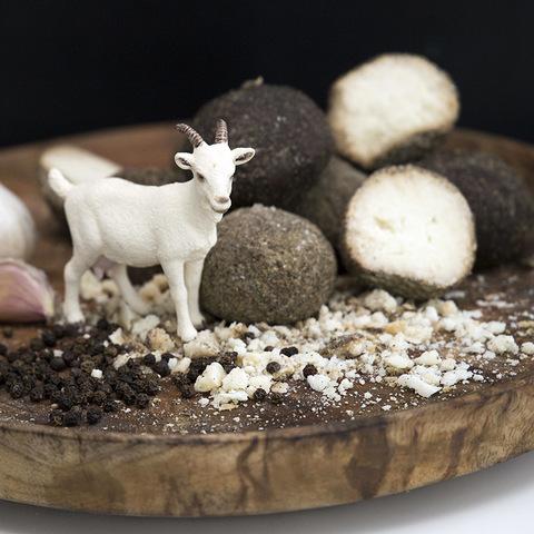 Фотография Козий сыр «Козапеппер» (Белпер Кнолле) / 45-50 гр купить в магазине Афлора