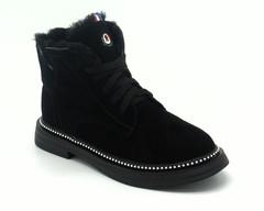 Черные ботинки из велюра на шнуровке