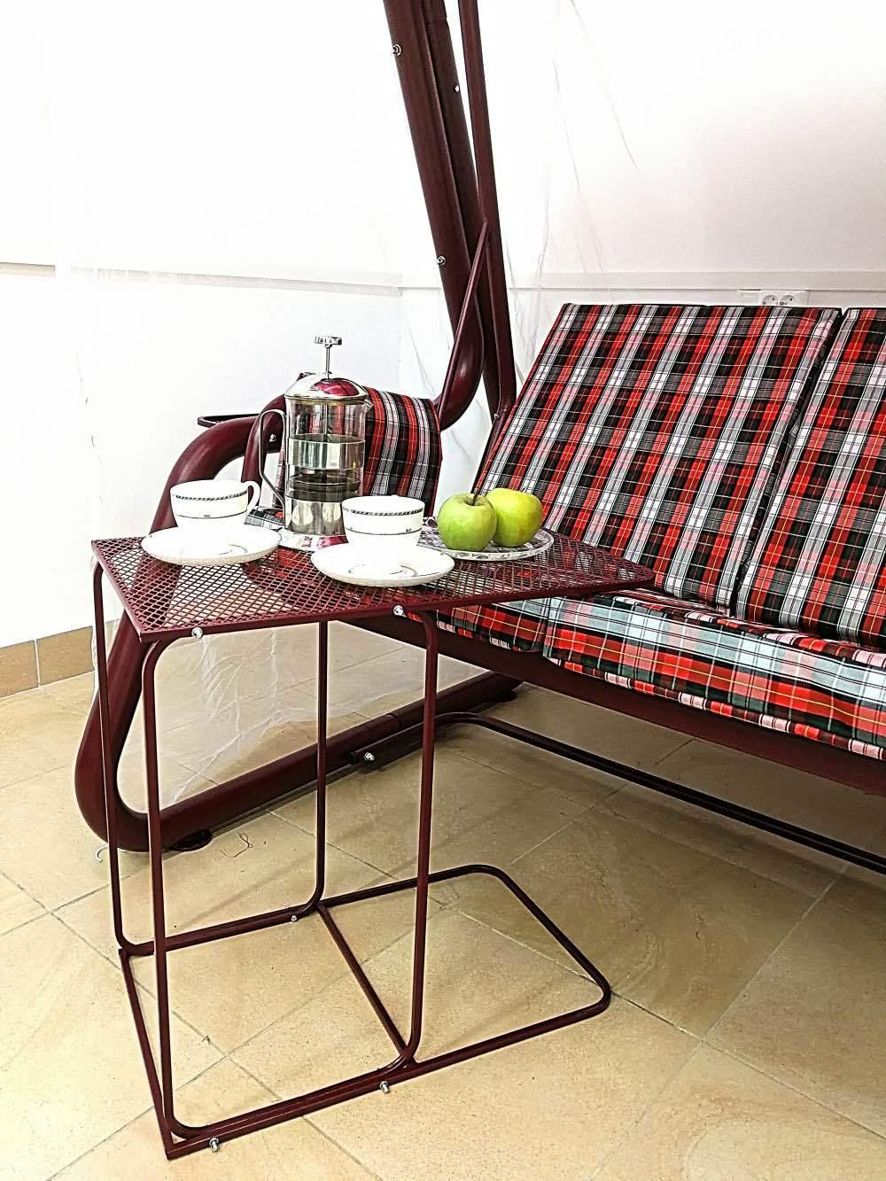 Прикачельный столик
