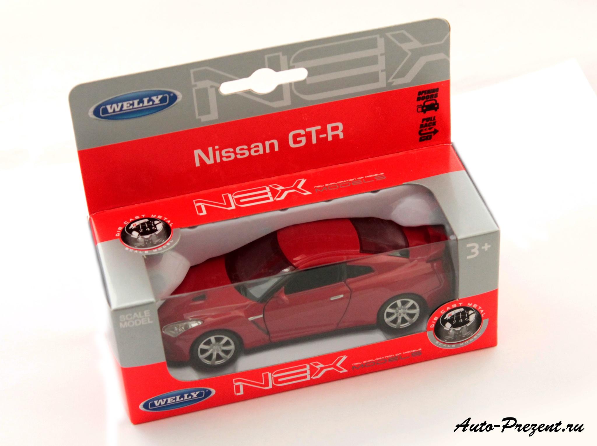Машинка-игрушка Nissan GT-R