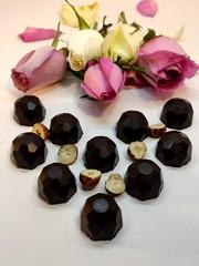 Шоколадные конфеты с Фундуком (дроблёным), 60 г