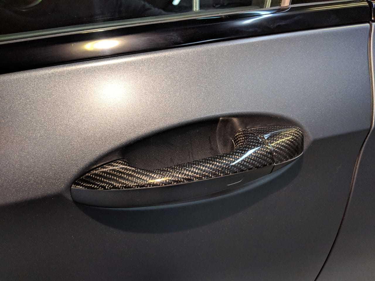 Карбоновые верхние части дверных ручек для Mercedes E63 AMG W213