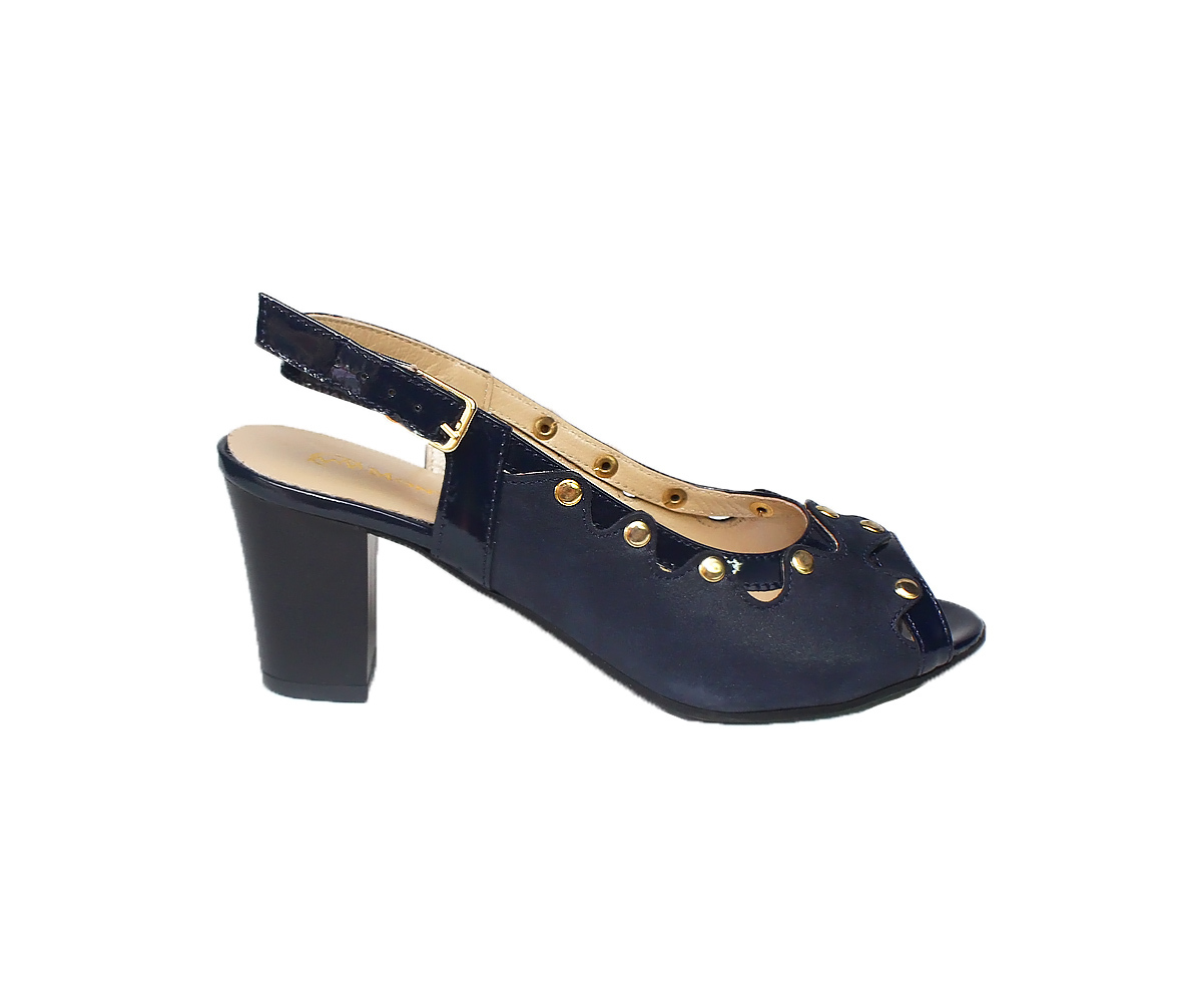 Босоножки синего цвета на среднем каблуке