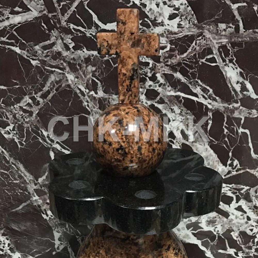 Гранитная ваза по индивидуальному заказу