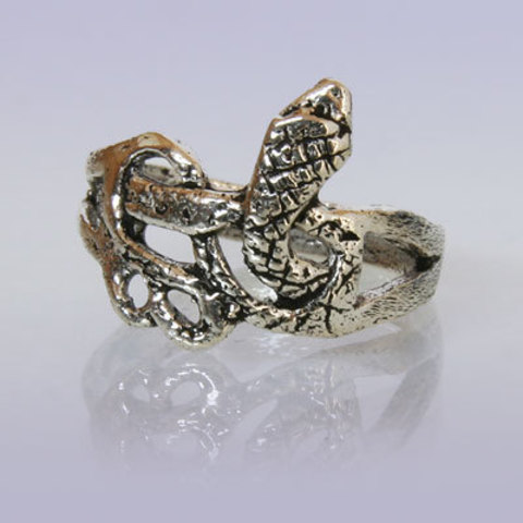 Кольцо Змея резная Индия